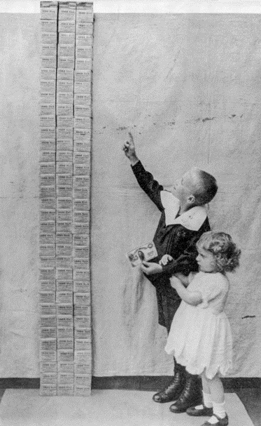 Purchasing power of the US dollar in the last 103 years - a tower of marks